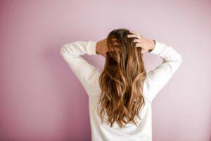 Malowanie włosów – poznaj dostępne opcje